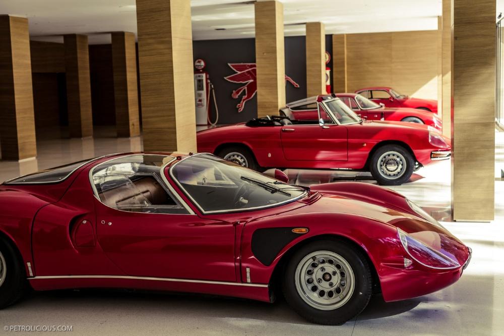Alfa romeo 33 stradale capolavoro del design italiano for Garage alfa romeo 95