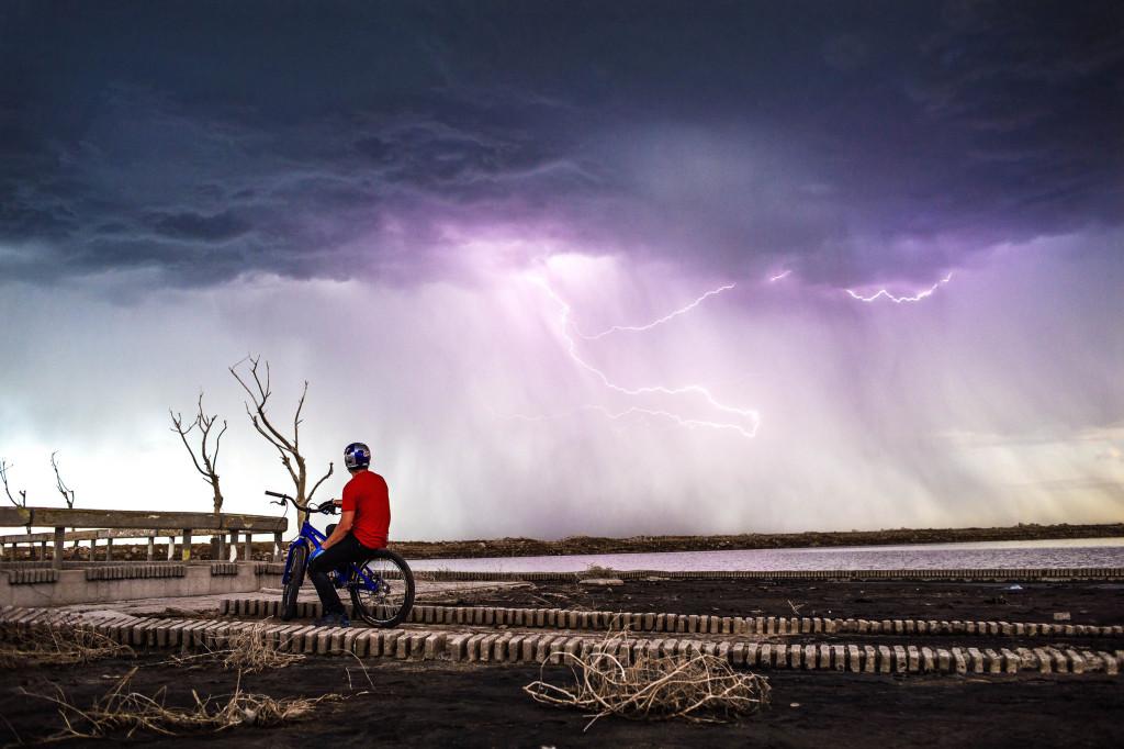 danny-macaskill-epecuen-lightning